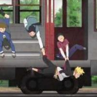 Boruto visící z vlaku